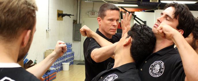Learn to fight with the basic skills and principles of Bagua.